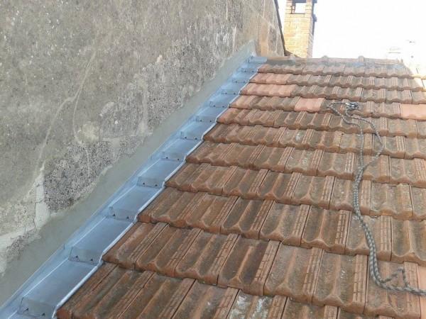 noquet zinc rev tements modernes du toit. Black Bedroom Furniture Sets. Home Design Ideas